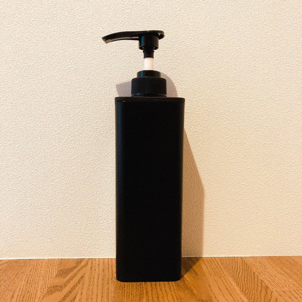 soap-bottle-black-500